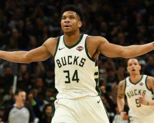Hawks vs Bucks Betting Preview: Bucks Bid to Stop Hot Hawks