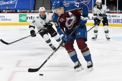 Colorado Avalanche Need to Respond Against Arizona Coyotes