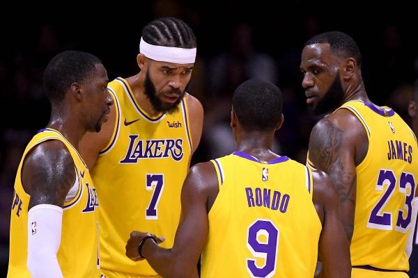 LeBronJames_Lakers_50