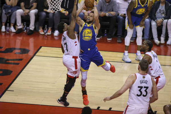 curry-warriors8_50