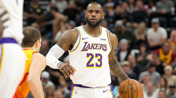 james-lakers5_50