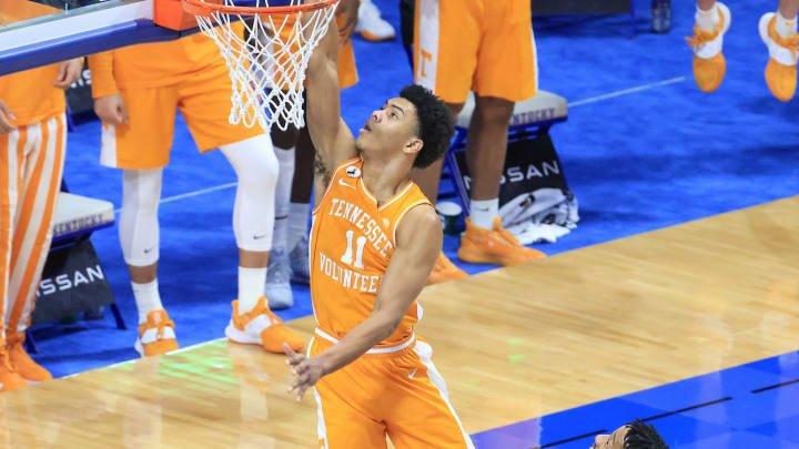 College Basketball Picks & Best Bets: Wednesday, February 17
