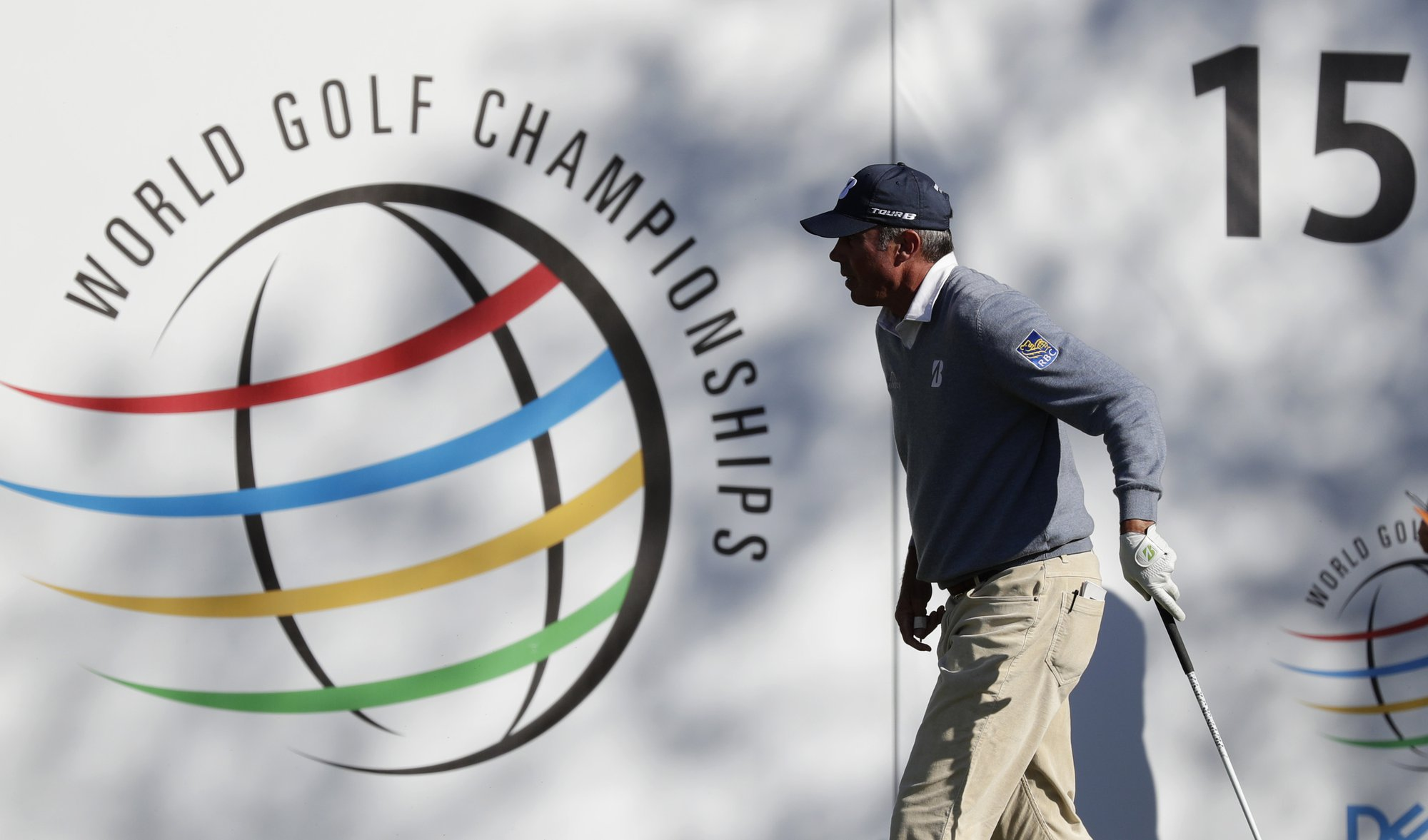 Matt Kuchar walks off of the the 16th tee box after hitting his drive during the finals against Kevin Kisner at the Dell Technologies Match Play Championship golf tournament, Sunday, March 31, 2019, in Austin, Texas. Kisner won the match. (AP Photo/Eric Gay)