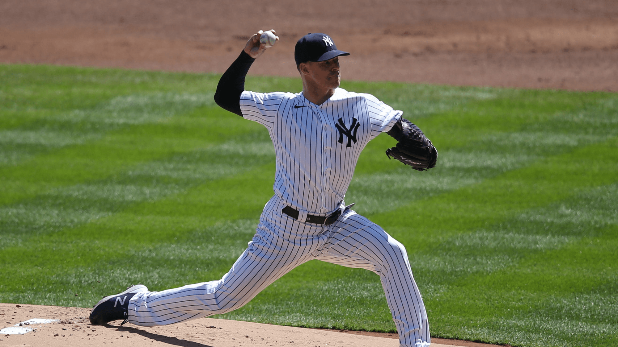 Braves vs Yankees Betting Preview: Struggling World Series Contenders Clash in the Bronx