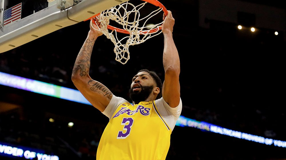 Lakers vs Mavericks Betting Preview: Will AD's Return Be Enough for Underdog Lakers to Triumph in Dallas?