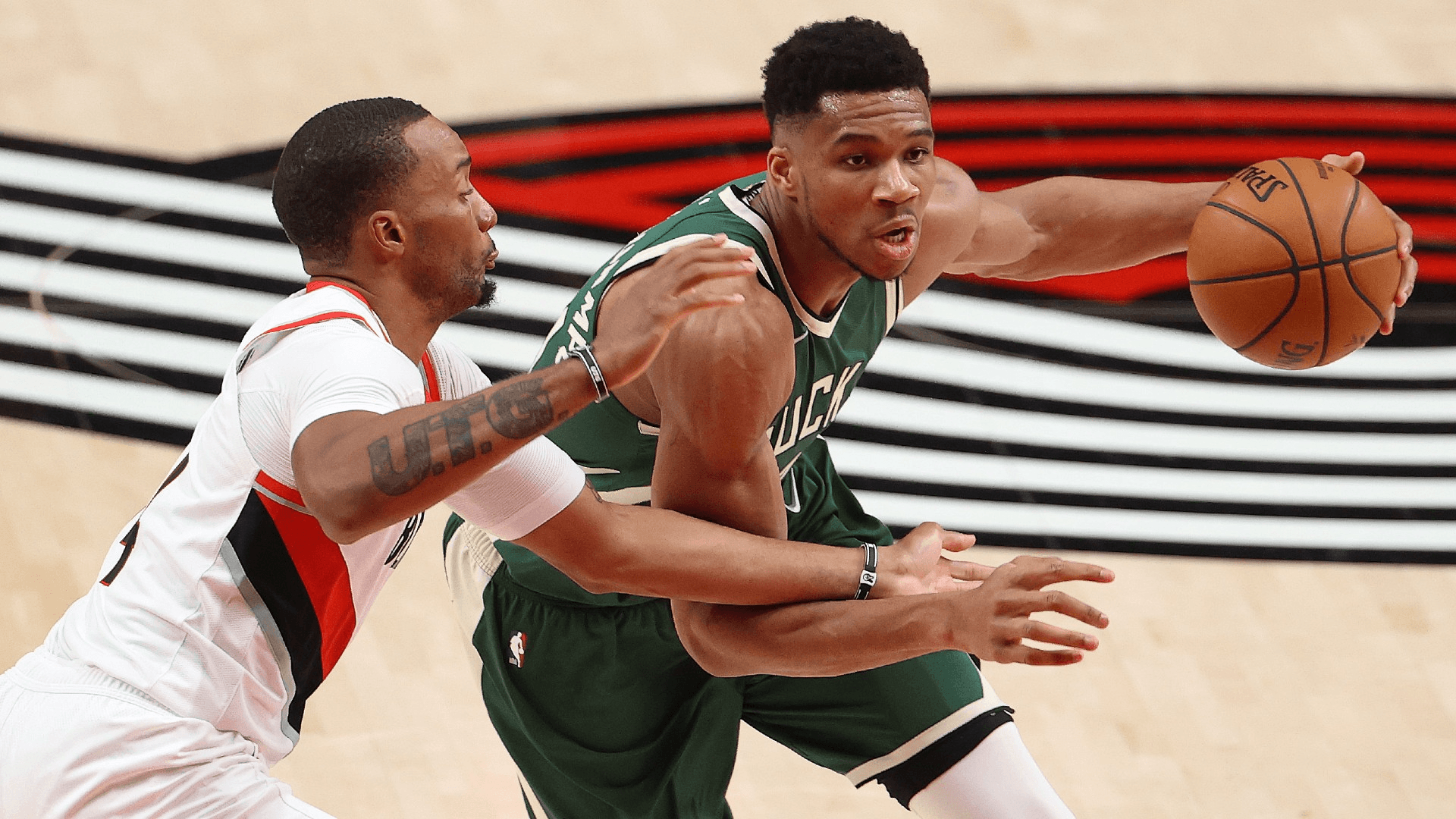 Can the Kings Slow Sizzling Hot Giannis on Back-to-Back for the Visitors?