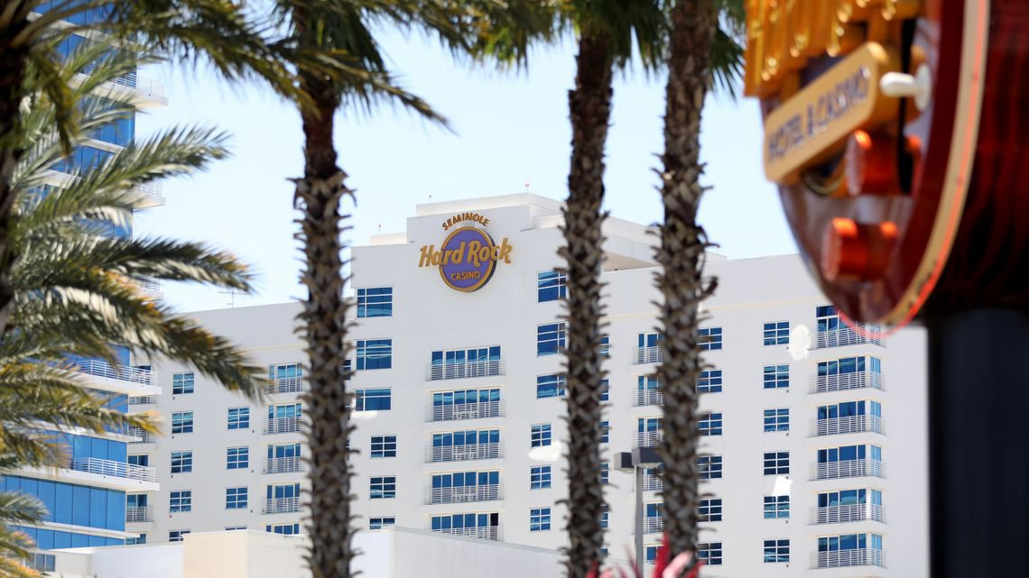 Sports Betting Roundup: DeSantis, Seminoles bring Florida to the front door