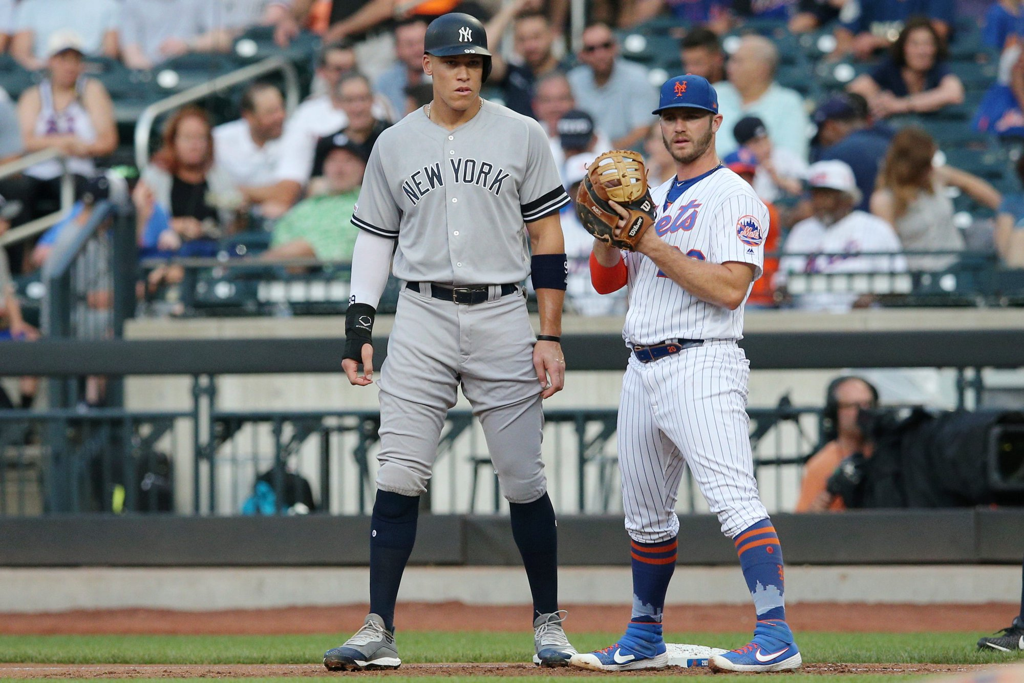 MLB Weekend Betting Preview July 2-4:  Subway Series Commands Attention But Much More