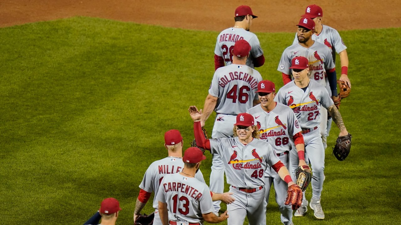 San Diego Padres vs St. Louis Cardinals Preview: Who Will Strike First in Major Matchup Between NL Wild Card Hopefuls?