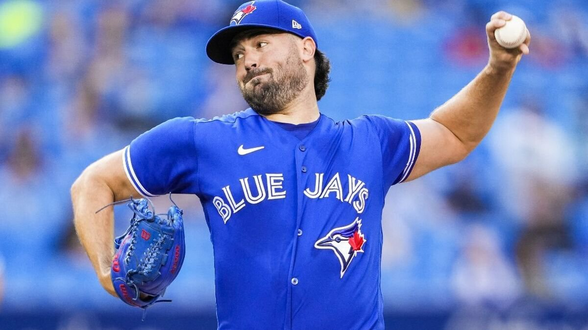 Toronto Blue Jays vs Tampa Bay Rays Preview: Can Ray Dominate the Rays Again to Crush Cole's Cy Young Chances?